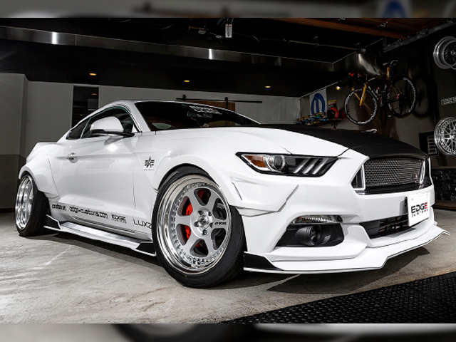 EDGE CUSTOMS MUSTANG R-line