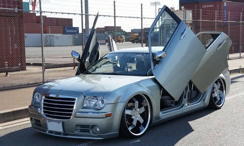 PG MOTORING Chrysler300C