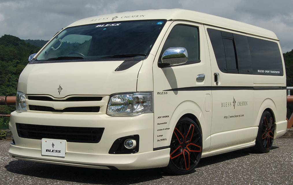 BLESS 200 HIACE WIDE MIDDLE ROOF RIP TYPE