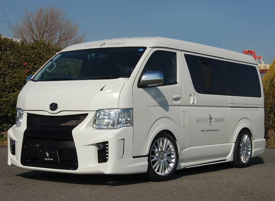 BLESS 200 HIACE WIDE MIDDLE ROOF BUMPER TYPE