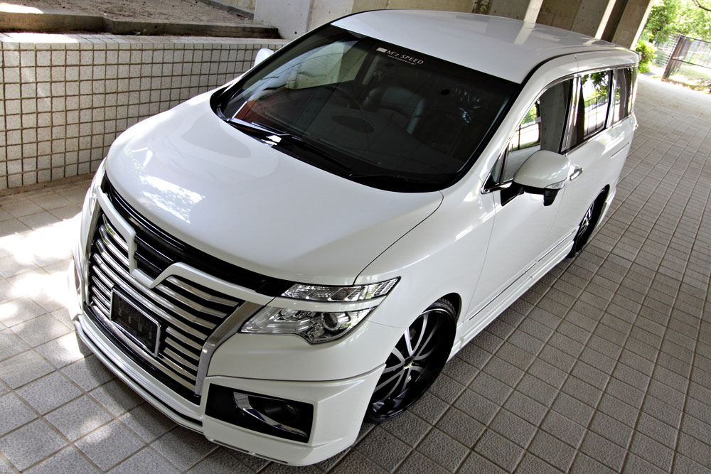 M'z SPEED EXCLUSIVE ZEUS GRACE LINE E52 ELGRAND Highway STAR MC後