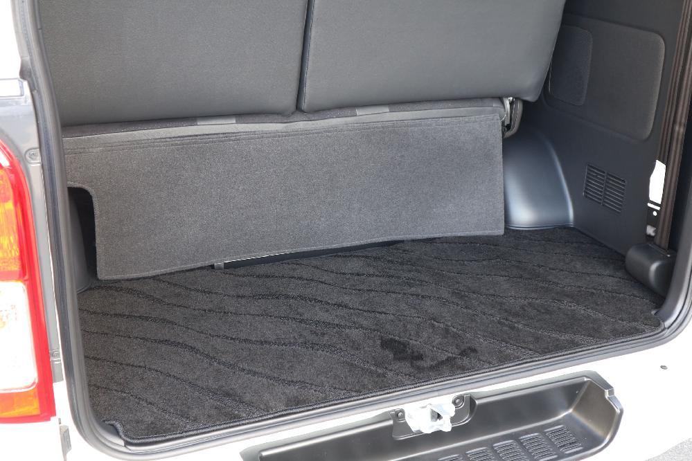 IFUU Industry IF-V8 200系5型ハイエースバンS-GLダークプライムⅡ ナローボディー 正規乗用車ワゴン登録8人乗り施工