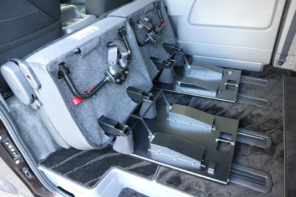 IFUU Industry IF-V8 NV350キャラバン ライダー ナローボディー 正規乗用車ワゴン登録8+2人乗り施工