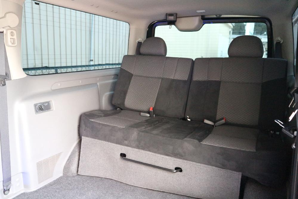 IFUU Industry IF-V8 NV350キャラバン プレミアムGXライダー ナローボディー 正規乗用車ワゴン登録8人乗り施工
