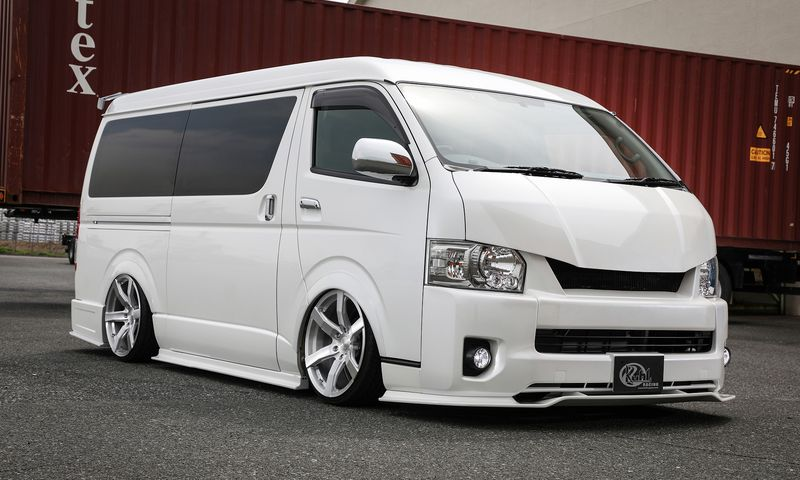 Kuhl Racing 200W-SS H200W HIACE WIDE BODY (4型)