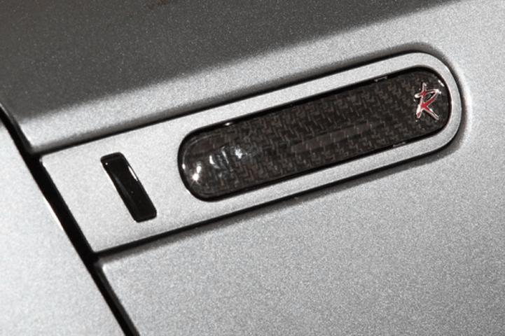R35 GT-R 外装 外装その他 その他 ROWEN(ロェン) アウトサイドドアハンドルL/R(カーボン)
