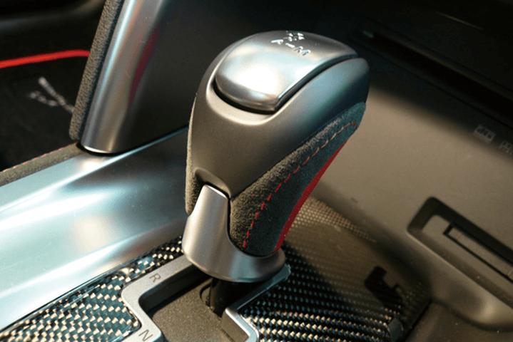 R35 GT-R ドライブトレイン シフトノブ シフトノブ本体 WALD SHIFT KNOB(ブラックアルカンターラ/レッドレザー張り替え)