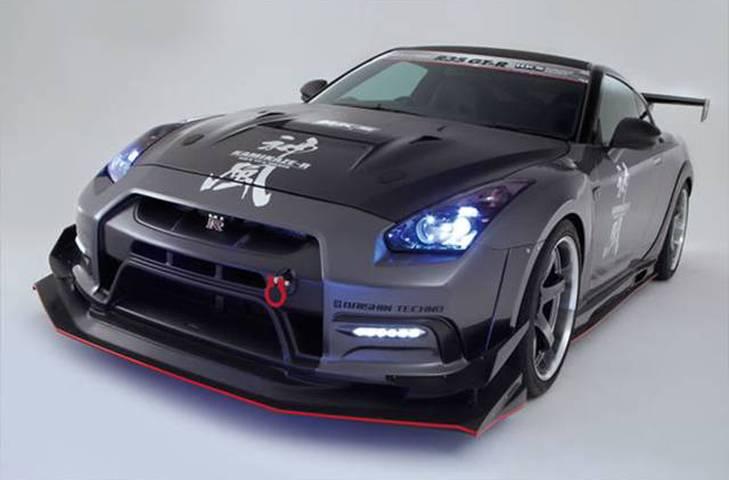 R35 GT-R 外装 エアロパーツ フロントバンパー VARIS(バリス) フロントフルバンパーユニット デイライト付(FRP+VSDC)
