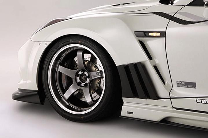 R35 GT-R 外装 エアロパーツ フェンダー VARIS(バリス) フロントフェンダーガーニッシュ(カーボン)