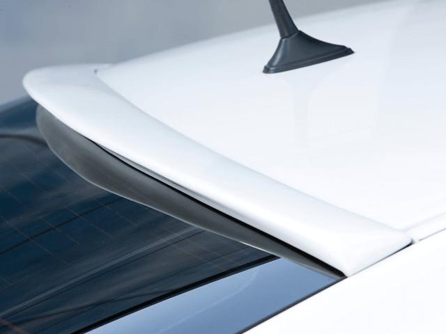 20 クラウン アスリート 外装 エアロパーツ リアスポイラー/ウイング J-unit ルーフウイング