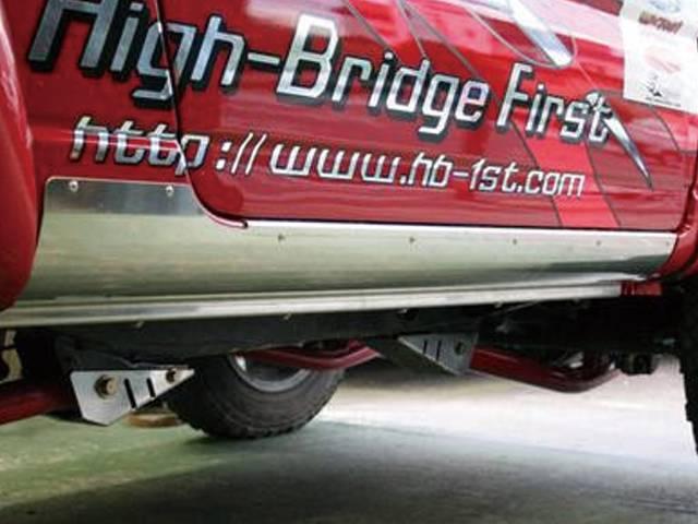 JB23 ジムニー 外装 エアロパーツ サイドステップ ハイブリッジファースト ストロングサイドシルガード