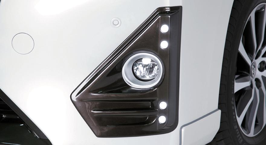 LX LED内蔵フォグランプガーニッシュ