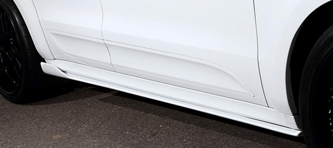 Porsche Macan 外装 エアロパーツ サイドステップ ARTISAN SPIRITS SIDE UNDER SPOILER