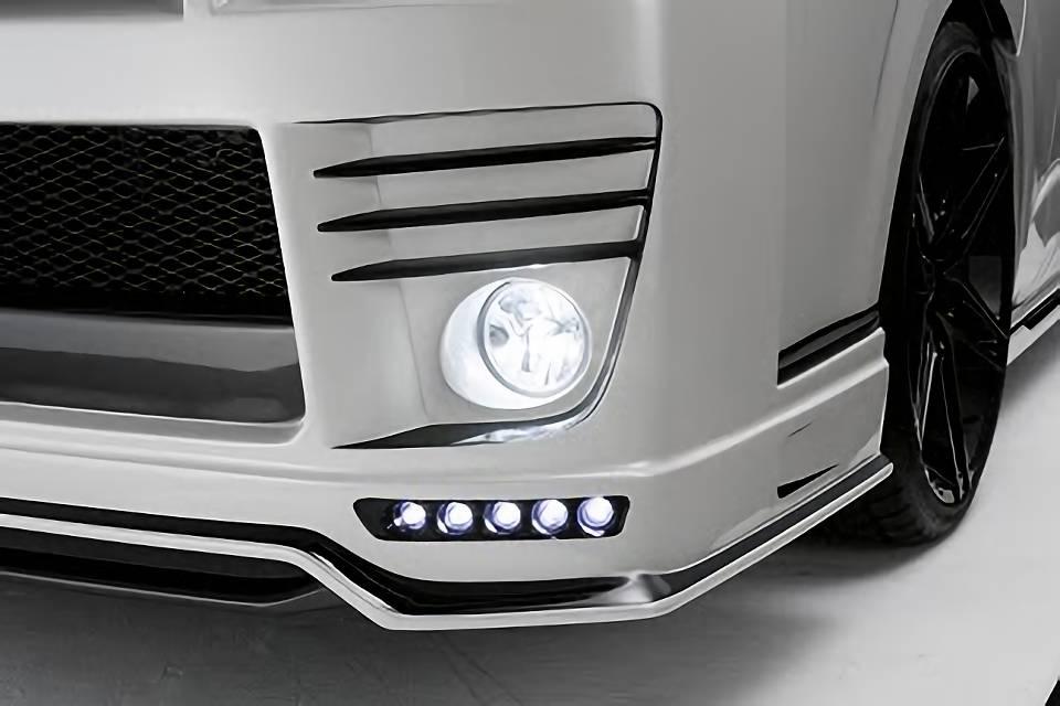 200 ハイエース(4型) 外装 エアロパーツ エアロ用LEDキット GR8 STYLE LEDスポットライト(フロントバンパーTYPE専用)