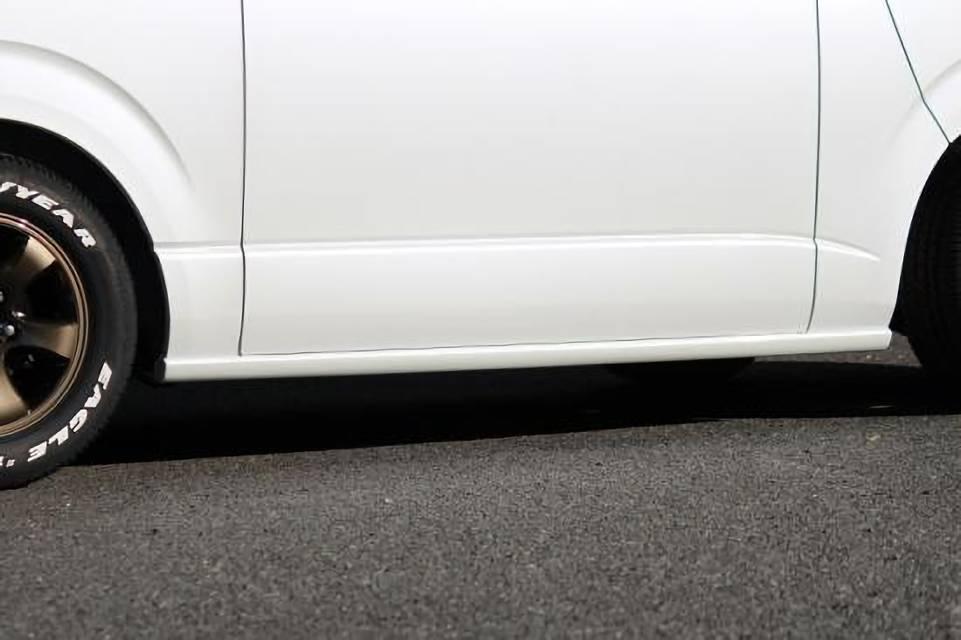 200 ハイエース(3型) 外装 エアロパーツ サイドステップ neru海 サイドステップ(FRP無塗装)