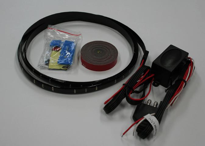 デリカD:5 外装 ライト その他 ELFORD 4アクションLEDテールゲートライト