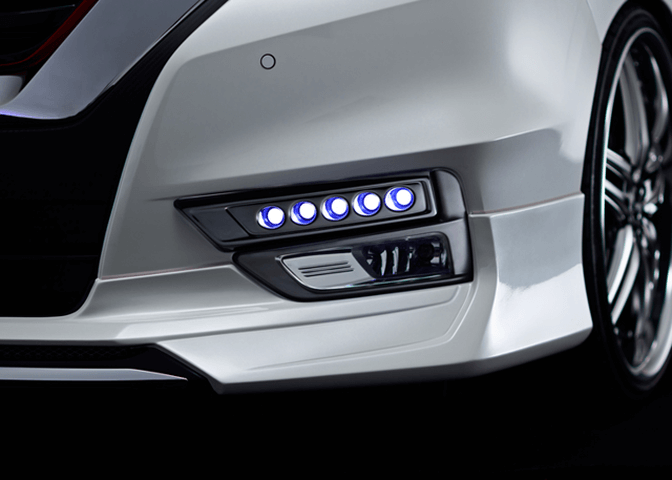 日産セレナ アドミレイション LEDスポット