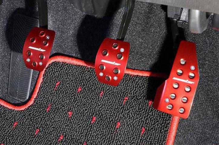 ZC33S スイフトスポーツ 内装 ペダル/ペダルカバー ペダル/ペダルカバー本体 MONSTER SPORT スポーツドライビングペダルカバー
