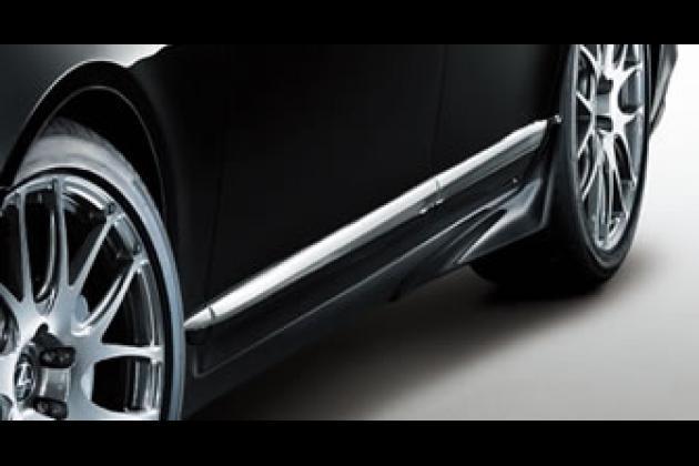 レクサス LEXUS LS TRD 石浦宏明 レーシングドライバー エアロパーツ カスタム サイドステップ